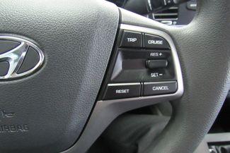 2017 Hyundai Elantra SE Chicago, Illinois 23