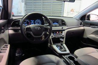 2017 Hyundai Elantra SE Doral (Miami Area), Florida 13