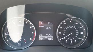 2017 Hyundai Elantra SE w/ Technology East Haven, CT 14