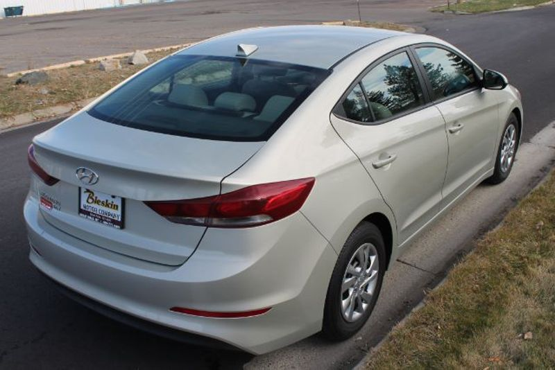 2017 Hyundai Elantra SE  city MT  Bleskin Motor Company   in Great Falls, MT