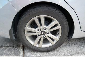 2017 Hyundai Elantra SE Hialeah, Florida 29