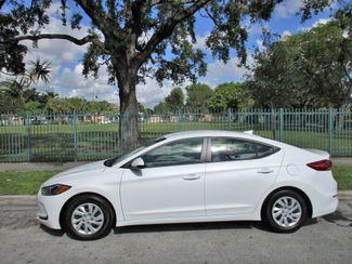 2017 Hyundai Elantra SE Miami, Florida 1