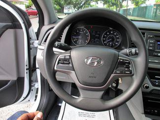 2017 Hyundai Elantra SE Miami, Florida 16
