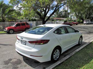 2017 Hyundai Elantra SE Miami, Florida 4