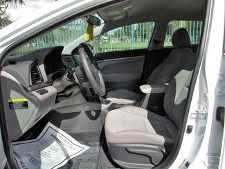 2017 Hyundai Elantra SE Miami, Florida 7