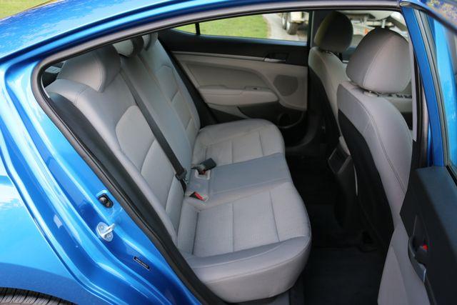 2017 Hyundai Elantra SE Mooresville, North Carolina 16