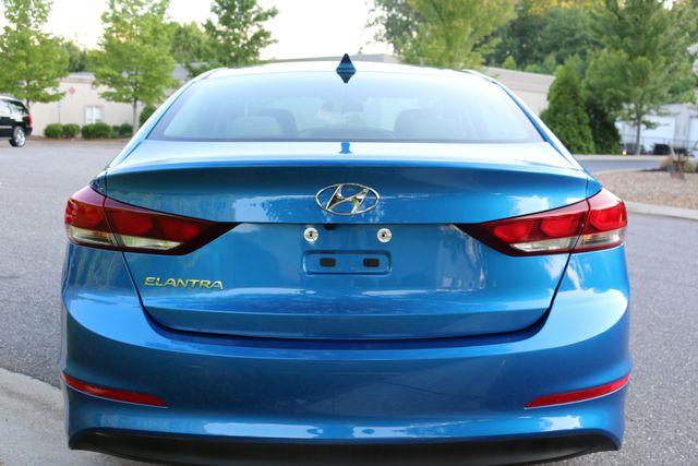 2017 Hyundai Elantra SE Mooresville, North Carolina 4