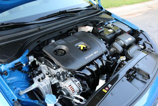 2017 Hyundai Elantra SE Mooresville, North Carolina 44