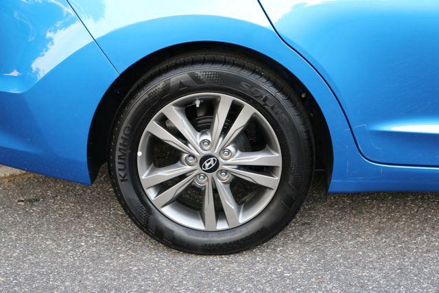 2017 Hyundai Elantra SE Mooresville, North Carolina 49