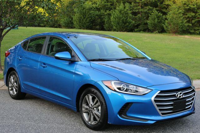 2017 Hyundai Elantra SE Mooresville, North Carolina 59