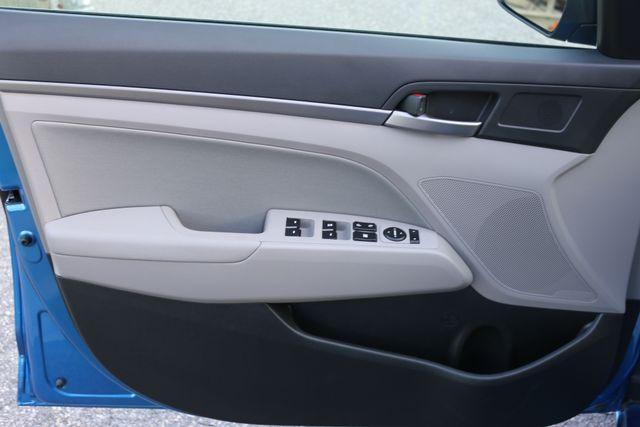 2017 Hyundai Elantra SE Mooresville, North Carolina 62