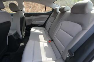 2017 Hyundai Elantra SE Naugatuck, Connecticut 13