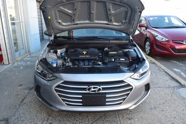 2017 Hyundai Elantra SE Richmond Hill, New York 3