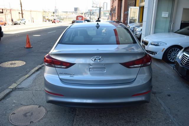 2017 Hyundai Elantra SE Richmond Hill, New York 6