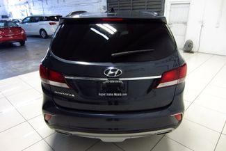 2017 Hyundai Santa Fe SE Doral (Miami Area), Florida 5