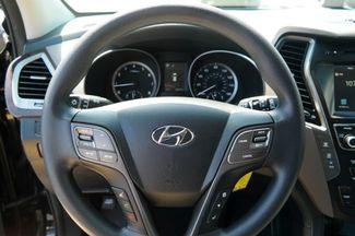 2017 Hyundai Santa Fe SE Hialeah, Florida 12