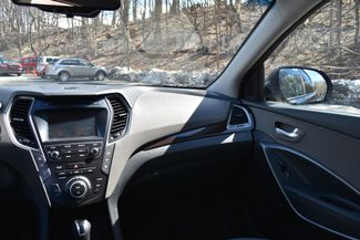 2017 Hyundai Santa Fe SE Naugatuck, Connecticut 17