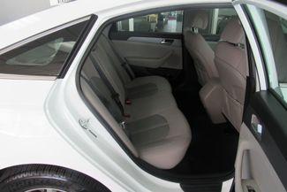 2017 Hyundai Sonata SE Chicago, Illinois 8