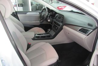 2017 Hyundai Sonata SE Chicago, Illinois 9