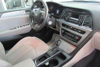 2017 Hyundai Sonata SE Chicago, Illinois 10