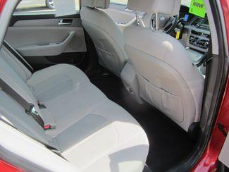 2017 Hyundai Sonata 2.4L Houston, Mississippi 9