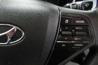 2017 Hyundai Sonata Hybrid W/ BACK UP CAM SE Chicago, Illinois 26