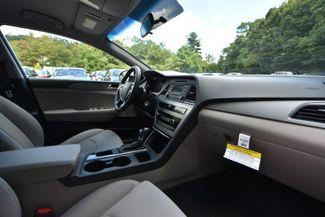2017 Hyundai Sonata SE Naugatuck, Connecticut 9