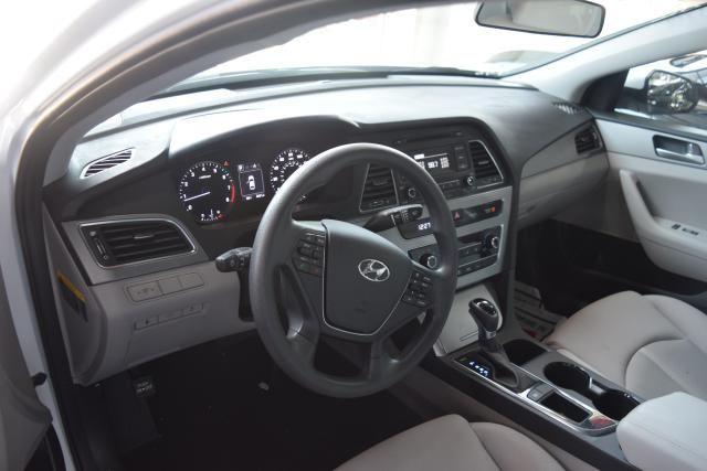 2017 Hyundai Sonata 2.4L Richmond Hill, New York 11