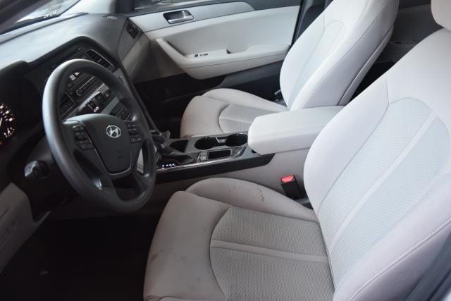 2017 Hyundai Sonata 2.4L Richmond Hill, New York 9