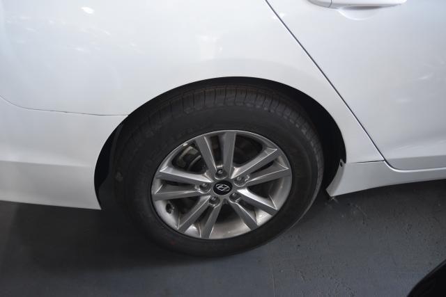 2017 Hyundai Sonata 2.4L Richmond Hill, New York 5