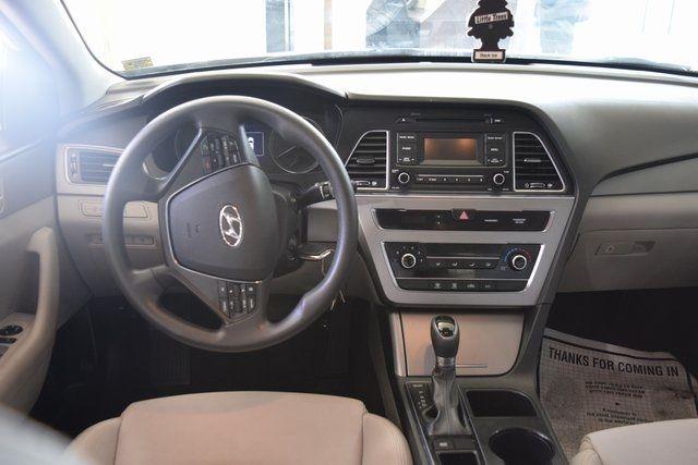 2017 Hyundai Sonata 2.4L Richmond Hill, New York 15