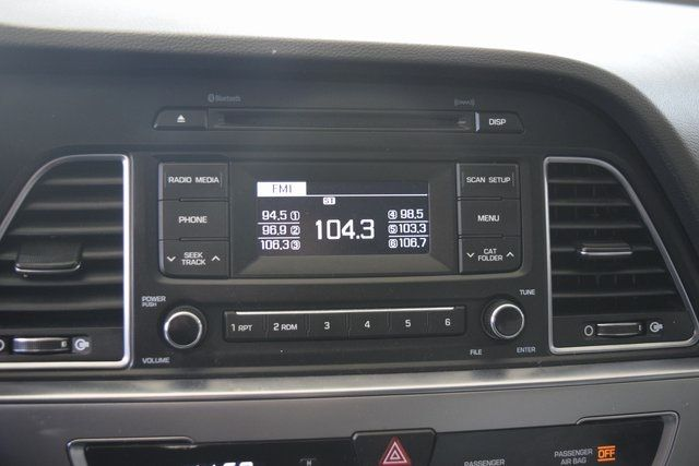 2017 Hyundai Sonata 2.4L Richmond Hill, New York 25