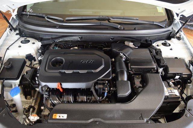 2017 Hyundai Sonata 2.4L Richmond Hill, New York 4
