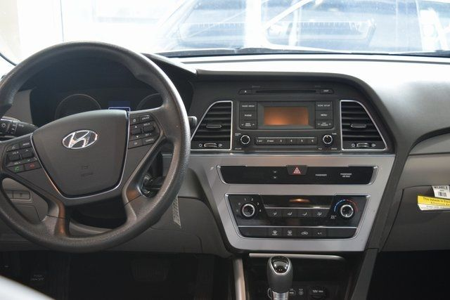 2017 Hyundai Sonata 2.4L Richmond Hill, New York 16