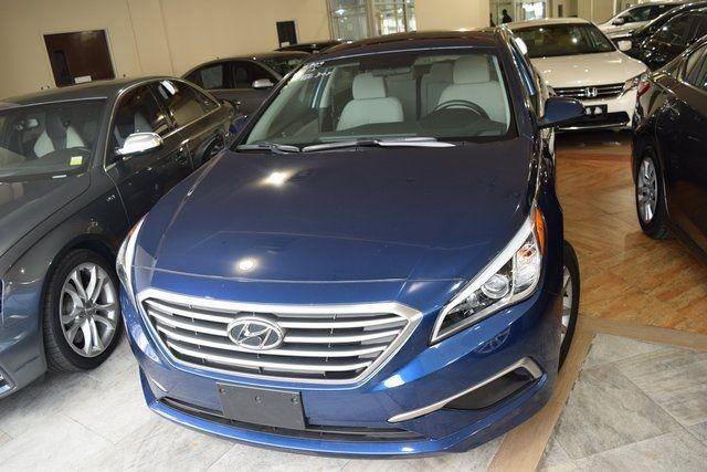 2017 Hyundai Sonata 2.4L Richmond Hill, New York 2
