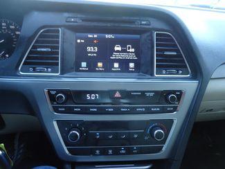 2017 Hyundai Sonata SE. BACK UP CAMERA. ALLOY. SPOILER SEFFNER, Florida 28