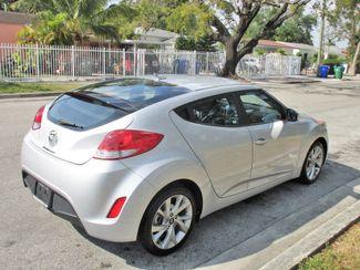 2017 Hyundai Veloster Miami, Florida 4