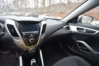2017 Hyundai Veloster Naugatuck, Connecticut 12