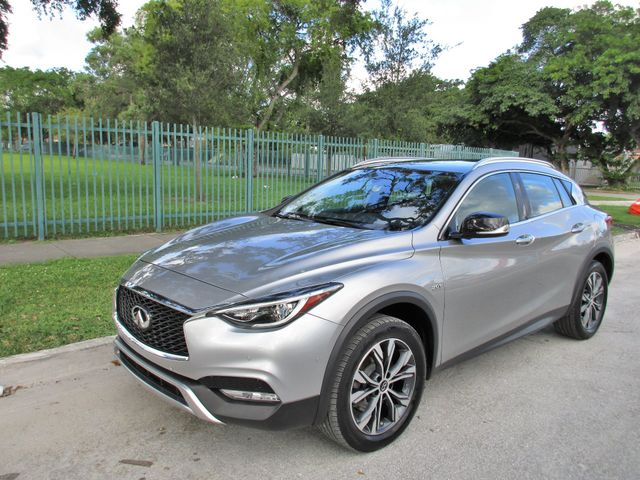 2017 INFINITI QX30 Premium Come and visit us at oceanautosalescom for our expanded inventoryThis