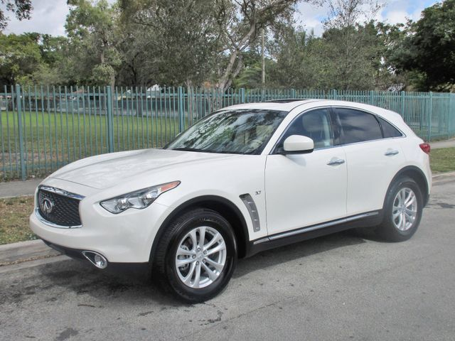 2017 INFINITI QX70 Come and visit us at oceanautosalescom for our expanded inventoryThis offer e