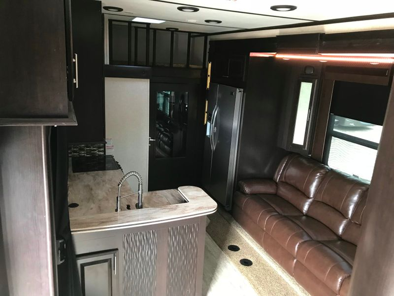 2017 Jayco Seismic 4212 Side and rear porch LOADED  city FL  Manatee RV  in Palmetto, FL