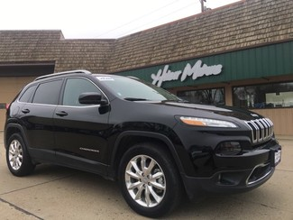 2017 Jeep Cherokee in Dickinson, ND