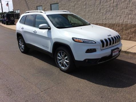 2017 Jeep Cherokee Limited in Victoria, MN