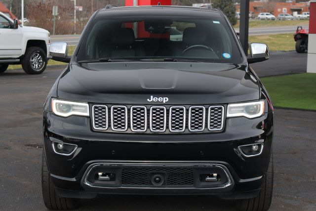 2017 Jeep Grand Cherokee Overland 4WD - JEEP ACTIVE SAFETY GROUP! Mooresville , NC 18
