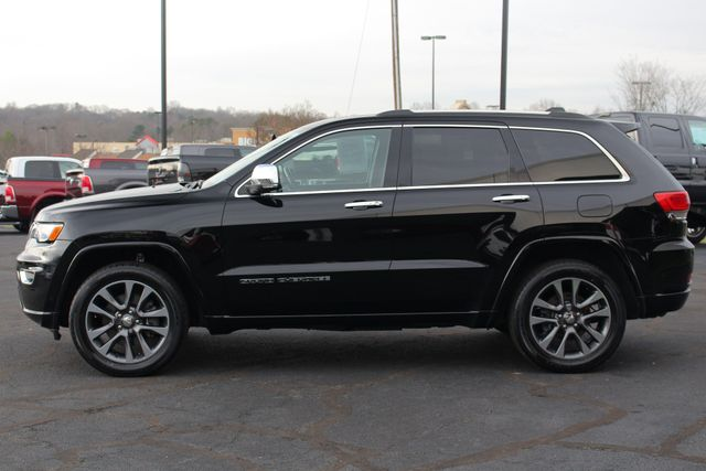 2017 Jeep Grand Cherokee Overland 4WD - JEEP ACTIVE SAFETY GROUP! Mooresville , NC 17