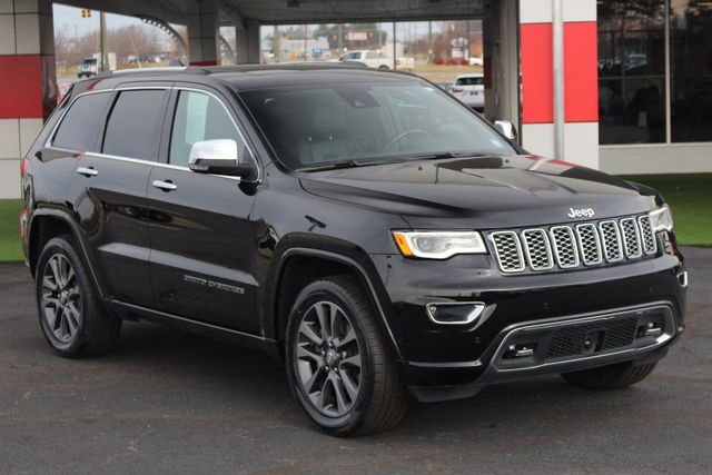 2017 Jeep Grand Cherokee Overland 4WD - JEEP ACTIVE SAFETY GROUP! Mooresville , NC 23