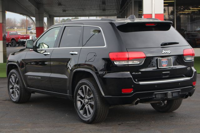 2017 Jeep Grand Cherokee Overland 4WD - JEEP ACTIVE SAFETY GROUP! Mooresville , NC 28