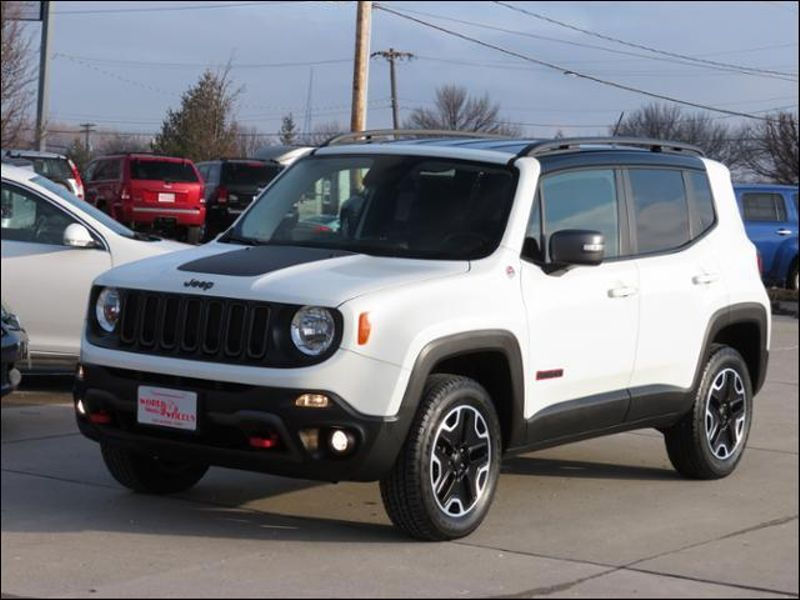 2017 Jeep Renegade Trailhawk 4WD in Ankeny IA