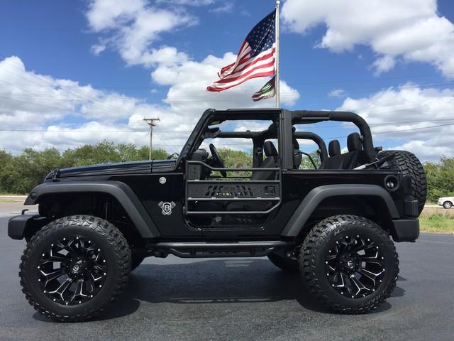 "Jeeps On Ebay 2017 Jeep Wrangler CUSTOM LIFTED FUEL ASSUALTS 35""S 3.73 ..."
