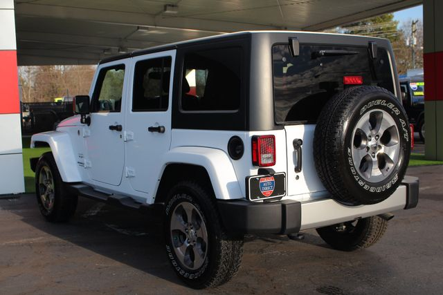 2017 Jeep Wrangler Unlimited Sahara 4X4 - ONE OWNER! Mooresville , NC 25